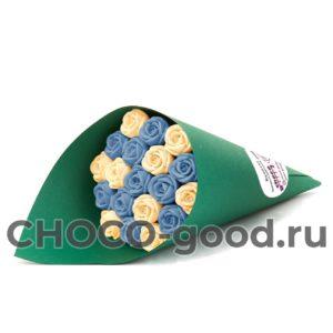 Купить букет из девятнадцати шоколадных роз