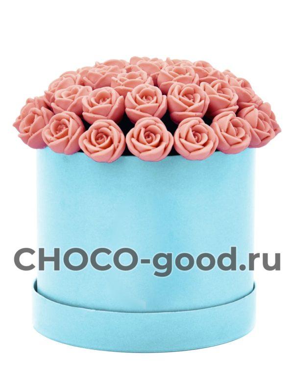купить шляпную коробку из 37 шоколадных роз